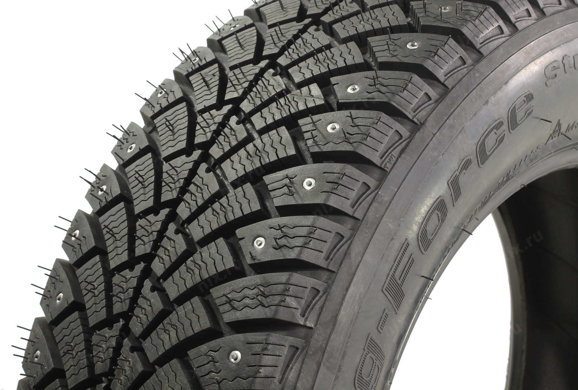 BF Goodrich G-Force Stud 225/55 R16